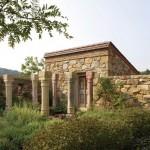 Milner_stone_building_L