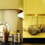 Merle designed the range hood over the six-burner Viking stove.