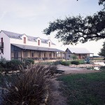 """Imber's historical precedent for the design of this ranch house was the nineteenth-century """"Sunday house,"""" a vernacular house type found in Texas."""