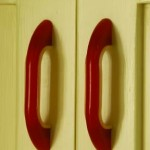 Lans found these red vintage Bakelite cabinet pulls at Liz's Antique Hardware in Los Angeles.