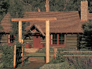 Architects William Curtis and Russell Windham renovated a group of old ranch buildings in Montana. A horse barn became a game room, another barn became a fishing shack, and the blacksmith shop became a service area for the electrical systems.