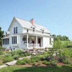 Architect Sandy Vitzthum worked with Bob and Suzanne Griffiths to renovate this enchanting farmhouse in Craftsbury, Vermont.