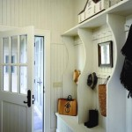 Rattner designed a mudroom with ample storage space, a bench, and hooks for coats.
