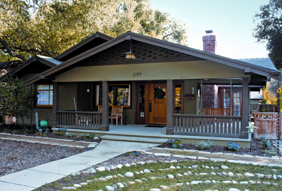 A california bungalow renewed old house online old for California bungalow house