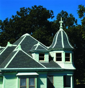 Deep shadows and shades of gray are the essence of slate roofs, and the appearance manufacturers emulate with asphalt shingles.