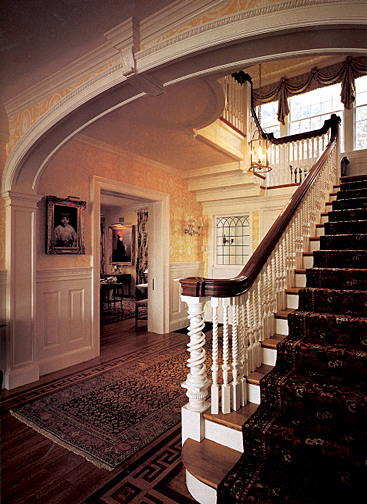 Colonial interior design old house online for Colonial house interior design