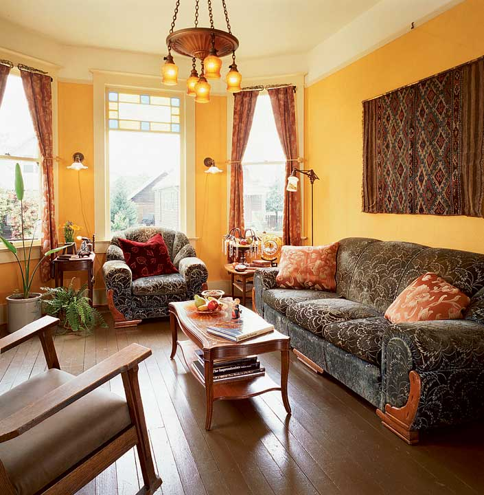 Bungalow Living Room: Bungalow On A Budget