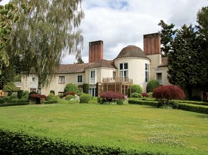 Herman Brookman's 1927 Byzantine Revival Green Mansion in Laurelhurst oozes Hollywood glamour.