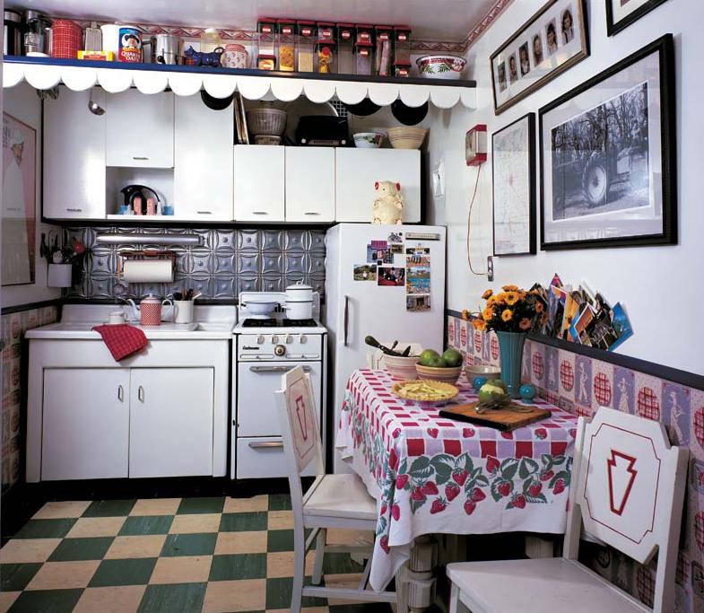 Arts & Crafts In A Manhattan Apartment