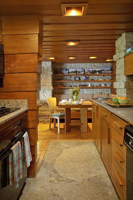 Frank Lloyd Wright S Fallingwater Minor Old House Online