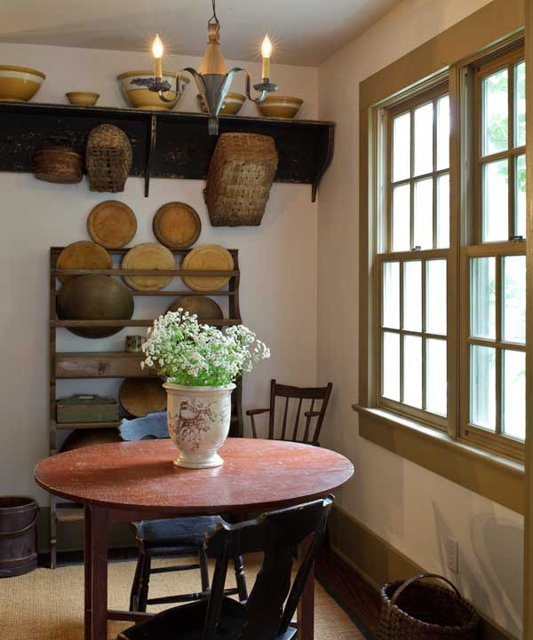 Farmhouse Kitchen Colors: Sheds Plans : An AntiquesFilled 1840 Country Farmhouse