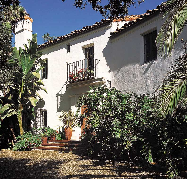 Spanish Colonial Architecture: An Authentic New Spanish Colonial