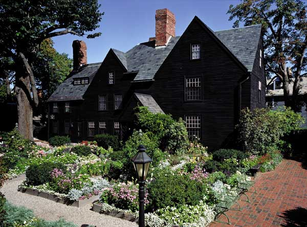 Visiting Historic Salem Massachusetts Old House Online
