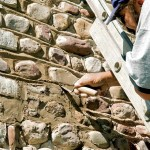 Once the initial lines were scored, Marty and his team used a variety of tools—from trowels to dental picks—to further define the horizontal and vertical lines, carefully carving out the mortar around each stone.