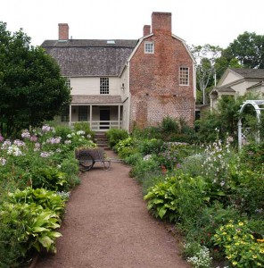 A dirt path is flanked by beds at the 1752 Joseph Webb House in Connecticut.