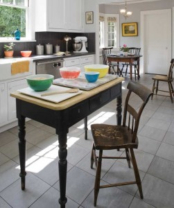 An easy-care ceramic floor with the look of stone. Photo: William Wright