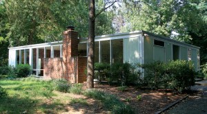 """The walls of glass on houses in Hollin Hills are often referred to as """"Hollin Hills windows."""""""