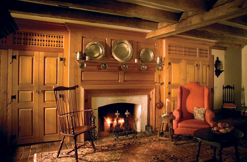 Designing Reproduction Fireplaces For Traditional Homes