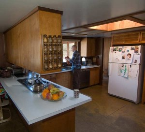 The cooktop and stove in the kitchen are original, perfectly working Thermador appliances.
