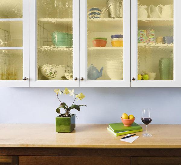 Organized Kitchen Cabinets: Bendheim Cabinet Glass