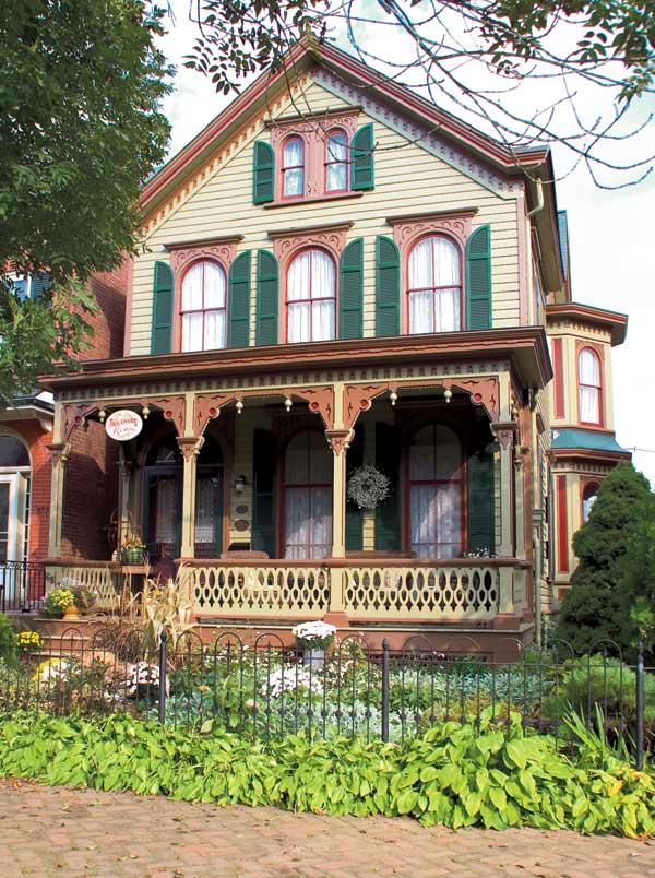 Exterior paint color placement ideas old house online for Victorian house trim
