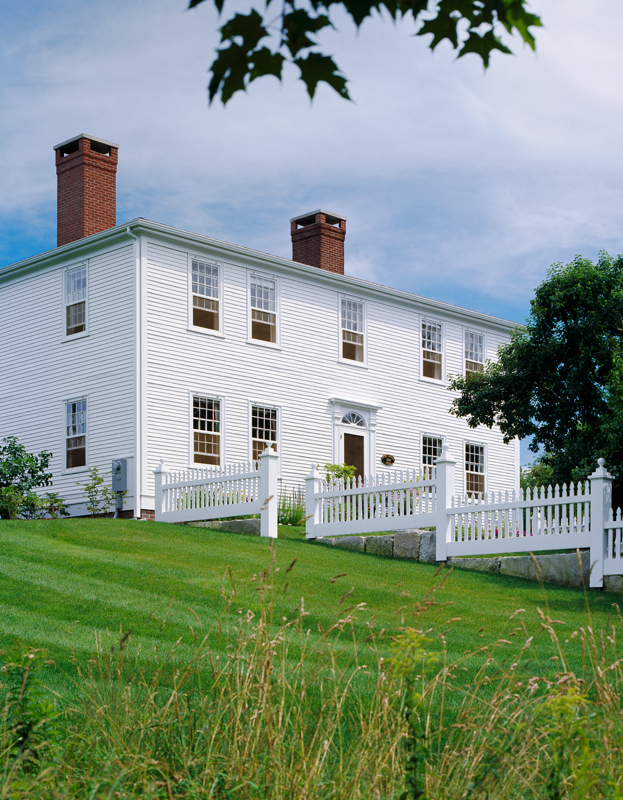 Visiting A Landmark Federal Style House In Maine Old