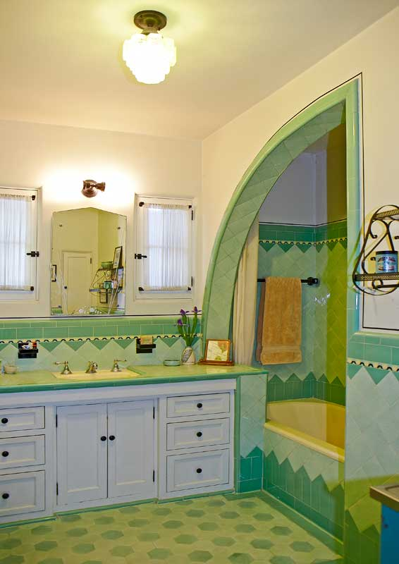 A Bright Art Deco Bathroom Old House Online Old House Online