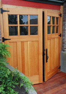 Find Garage Doors That Fit Your Home S Style Old House