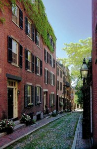 Many examples of Federal architecture can be seen on the winding streets of Beacon Hill.