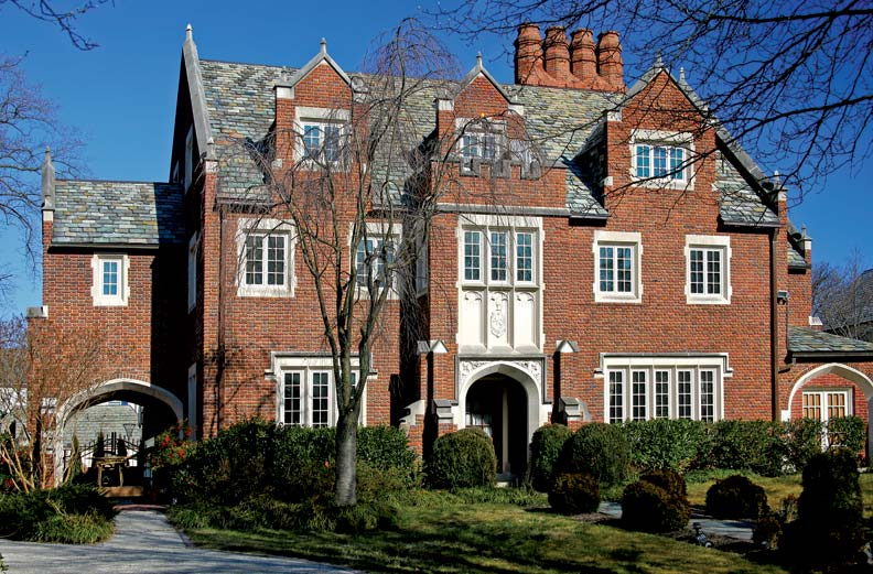 An old house tour of guilford maryland old house online for Features of old houses