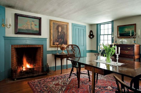 Liz and Pat Pritchett used authentic materials and colors to restore their mid-19th-century house.