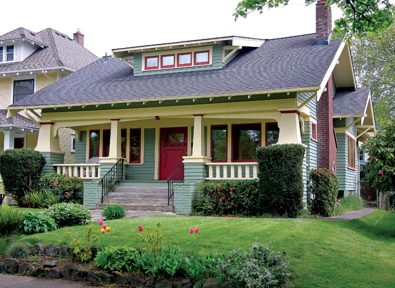 Craftsman Style House : A craftsman neighborhood in portland oregon old house