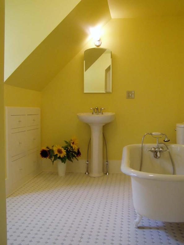 Photo gallery top floor baths old house online old for Empire bathrooms