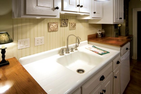 A double drainboard and a deep basin were Laura's main priorities, along with a sink in good condition. The Lazets' sink is in such good shape that people think it's been refinished—it hasn't.