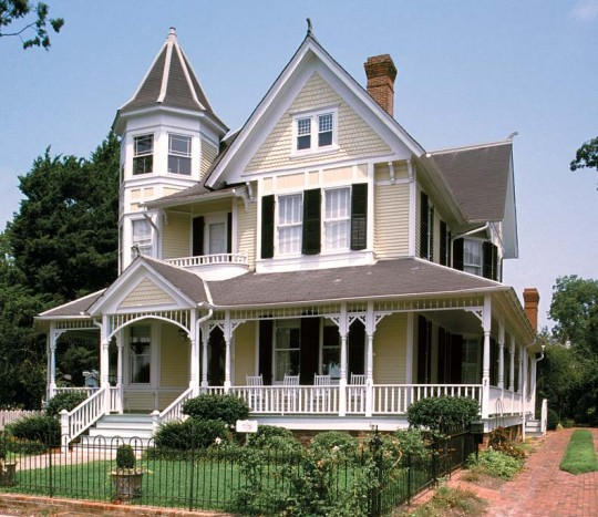 This Barber Queen Anne in Edenton, North Carolina, built in 1897, is handsomely designed and well-proportioned, with a notable veranda and another three-story octagonal tower.