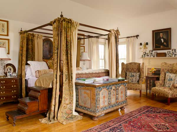 Bedrooms With An Old World Look Old House Online Old House Online