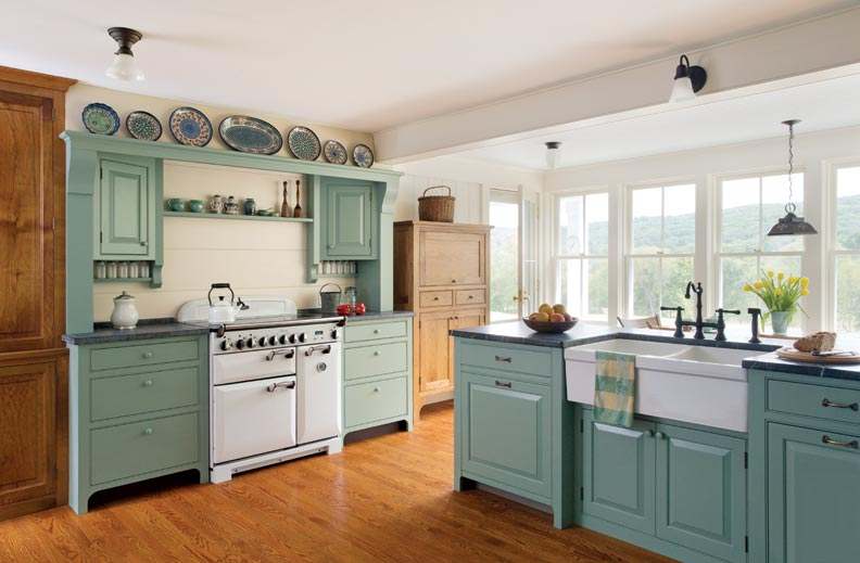 A casual country kitchen old house online old house online for Colonial style kitchen cabinets