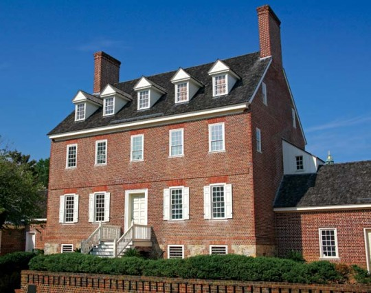 The William Paca House is one of Annapolis' three major five-part Palladian-plan houses.
