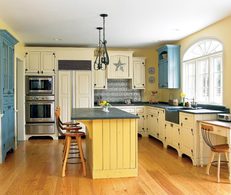 Traditional trades period kitchen cabinets old house for Period kitchen design