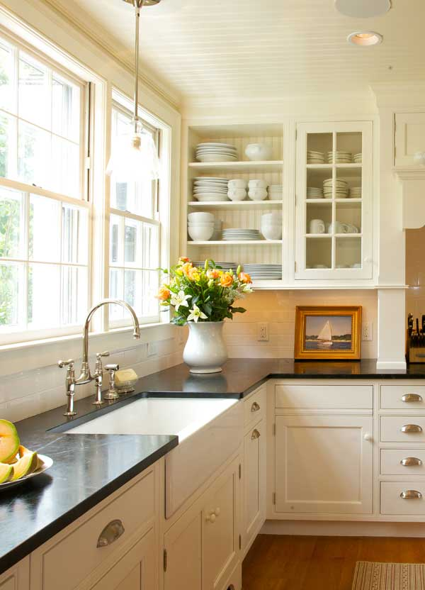 New classic kitchen in a cape cod federal old house for Cape cod kitchen design ideas