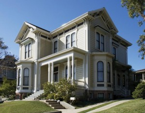 This Italianate is elegant with a restrained three-color paint scheme.