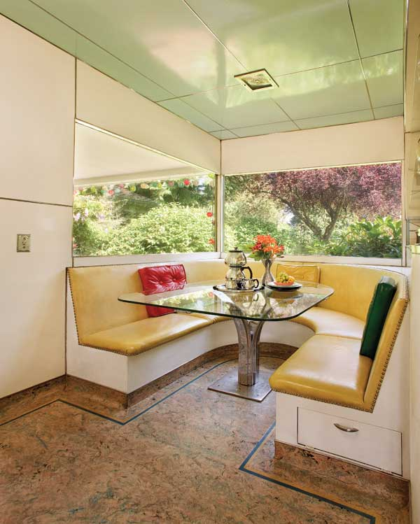An Intact Mid Century Ranch House Old House Online Old House Online