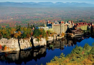 The Mohonk Mountain house has a dramatic cliffside setting.