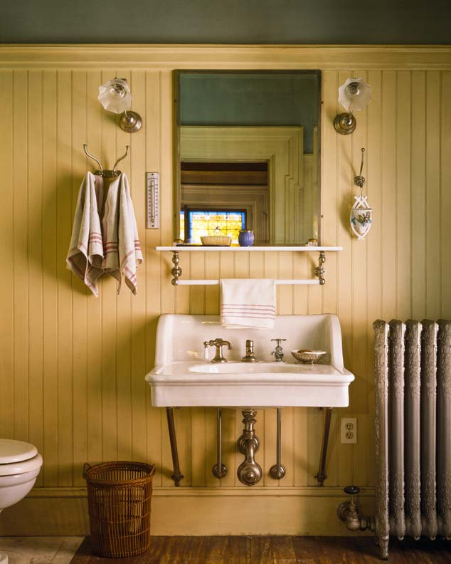 Beadboard Ceiling Bathroom: 9 Ideas For Cottage Baths
