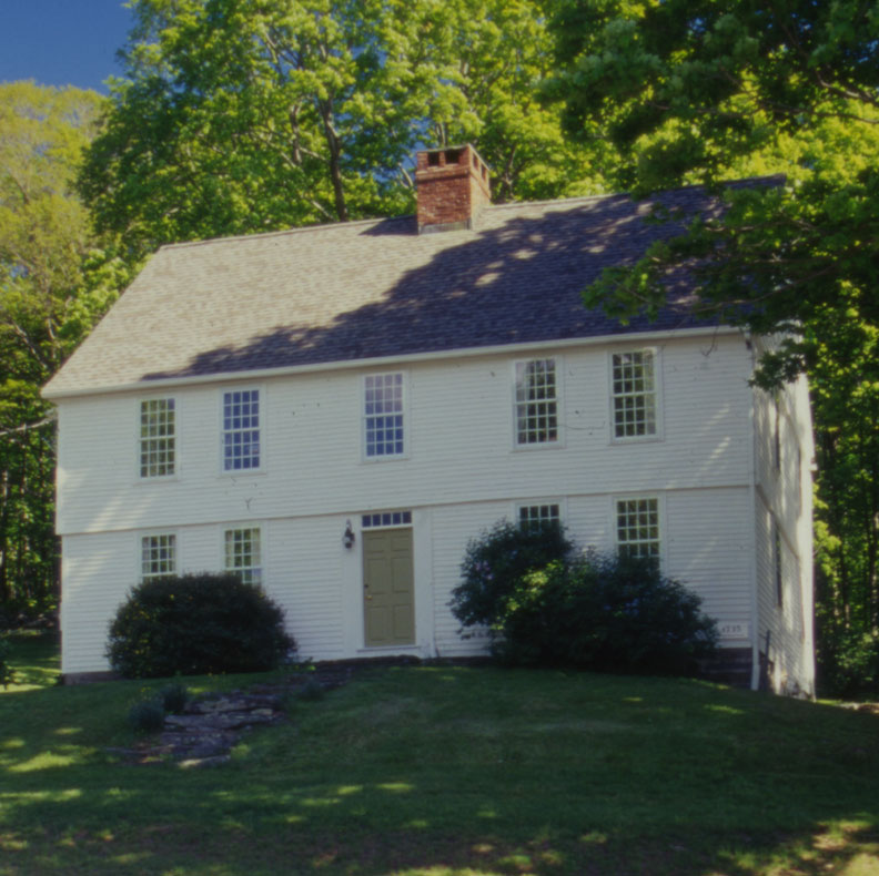 Classic new england architecture in litchfield for Old house classics