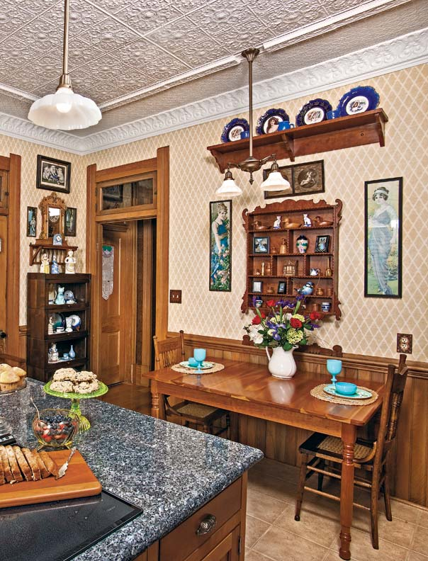 Kitchens craftsman and craftsman bungalows on pinterest for Folk victorian interior