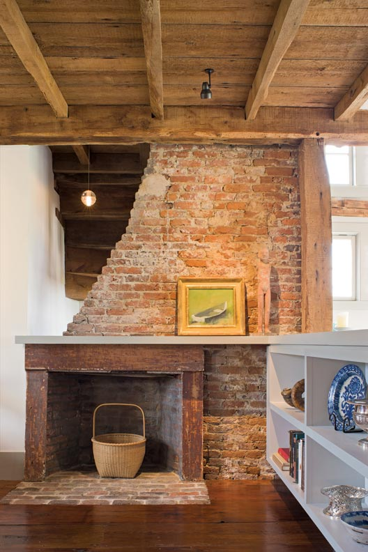 Farmhouse with a modern twist old house online old for Modern farmhouse fireplace