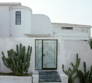 Streamline Moderne house in Whitley Heights, Los Angeles
