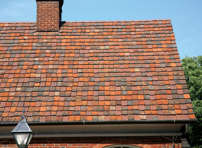 The best roofing materials for old houses old house for Best material to build a house