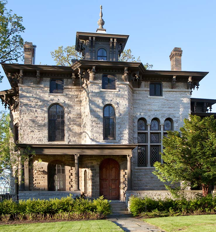 Grand Villa By Wood Mode: Victorian Houses On St. Paul's Summit Avenue